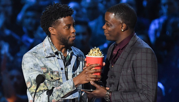 Watch: Chadwick Boseman Gives His 'Hero' Award to Real-Life Waffle House Hero James Shaw Jr. [Video]