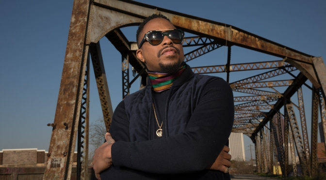 Starrdom100 Exclusive:  Raheem DeVaughn Talks New Album, His Definition of Love & Thoughts on Today's R&B Music